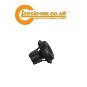 Mk2 Golf Boot Plinth Expanding Nut 1H6827584A Mk3 Golf, Polo